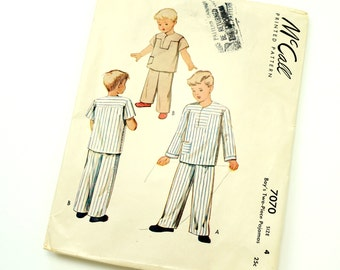 Boys Size 4 Two Piece Pajamas 50s McCalls Pattern 7070 / Missing Fly Facing