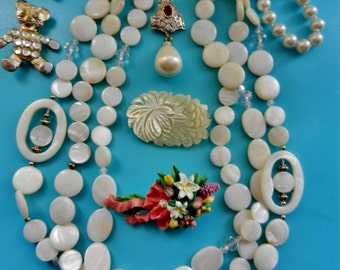 Gorgeous retro Mix  of 8 collectibles pieces, solid silver 925 genuine mother of pearl, crystals &  Kultra pearls--Art.119/2-