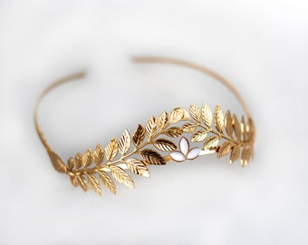 Athena Crown With Pearls, Roman Tiara, Grecian Wreath, Bridal Hair Accessories, Goddess Bridal Tiara, Gold Leaf Tiara, Bridal Laurel Wreath