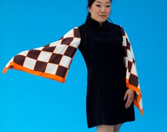 Vintage 1970s Mod Somebody Pinch Me Mini Dress With Checkered Flag Sleeves