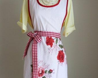 "Retro Apron ""VINTAGE TOWEL ROSES"" Vintage 1950's Bath Towel Apron Roses Pink Red"