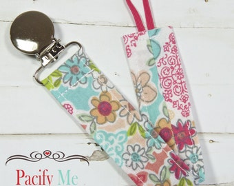 Universal Fabric Pacifier Clip -- Pretty Flower Garden -- Soothie