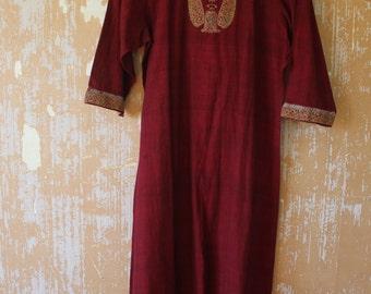 vintage. Deep Red Indian Dress  / Cotton Kurta Dress // S to M