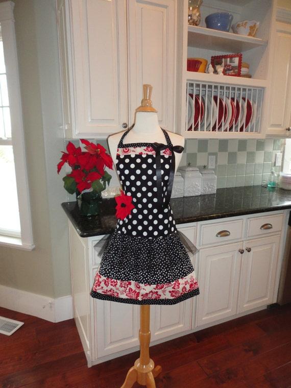 Flouncy Fun ~ Ellie Style ~ Thanksgiving or Christmas Apron ~ Women's Apron ~ 4RetroSisters