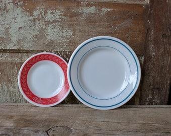SALE! was 14/ now 10 ~ vintage plates ~ mismatched set of 2