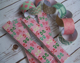 CLEARANCE Christmas Crate Paper Chain Kit 55 Strips