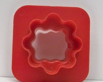 Vintage Tupperware Canapé Cutter ~ Kitchen Appetizer Cut Out Mold 4 Cheese ~ Meats ~ Breads And Garnishes ~ Mint Condition