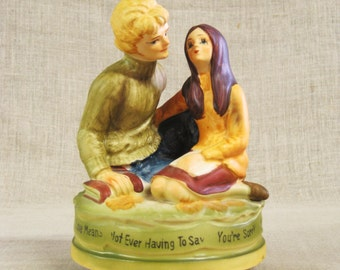 Vintage Ceramic Music Box, Love Story, Male Portrait, Female, Romance, Boy and Girl, Young Lovers, Japan, 1971, Romantic, Musical