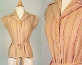 ON SALE NOW - 30% off - vintage 1970s top / 70s top / belted boho top