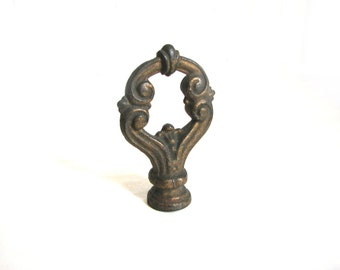 Vintage Ornate Antique Cast Iron or Steel Lamp Finial, E2006