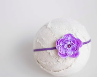 Purple Flower Headband. Silk Flower. Pearl. Skinny Elastic. Girl. Baby. Photopraphy Prop. Newborn. Tolola Designs.