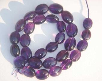 Purple Amethyst Smooth Oval Semiprecious Gemstone Beads (Quality A) / 30 Pieces / CODE 802
