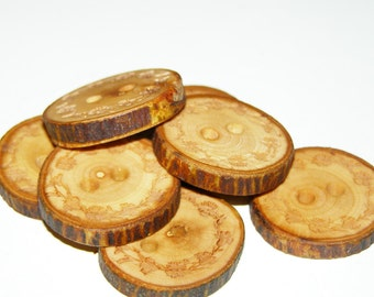 "7 Handmade Apple Wooden Buttons - Engraved Laser Cut  (1,06"" diameter x 0,20"" thick)"