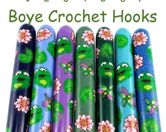 Boye Polymer Clay Covered Crochet Hook, Frog Design