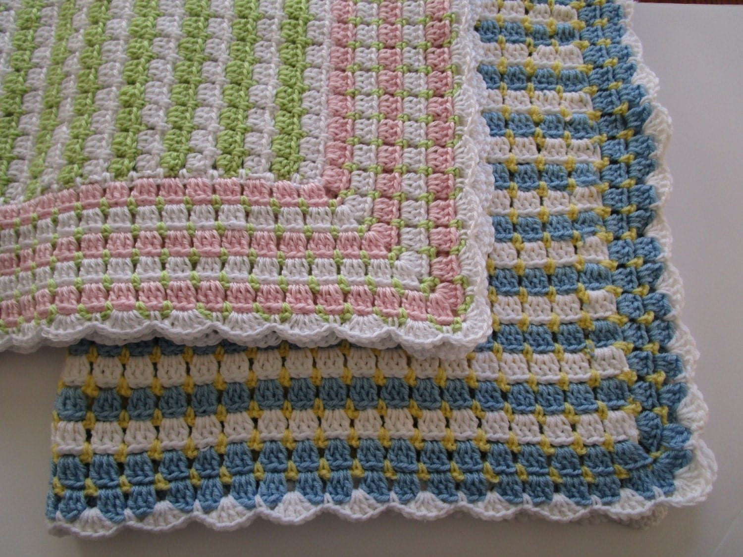 Easy Crochet Afghan Pattern Blocks & dots Crochet Blanket