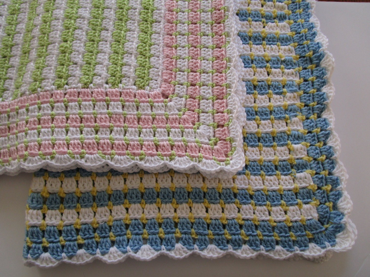 Crochet Patterns Block Afghan : Easy Crochet Afghan Pattern Blocks & dots Crochet Blanket
