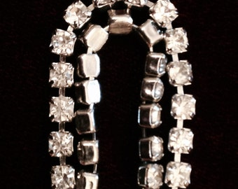 Simple rhinestone bracelet. Single strand. 1980's