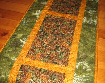 Quilted Table Runner, Pine Cones and Leaves, Mountain Cabin Decor, Rustic Pine Cone Table Runner, Long Table Runner, Fall Runner, Handmade
