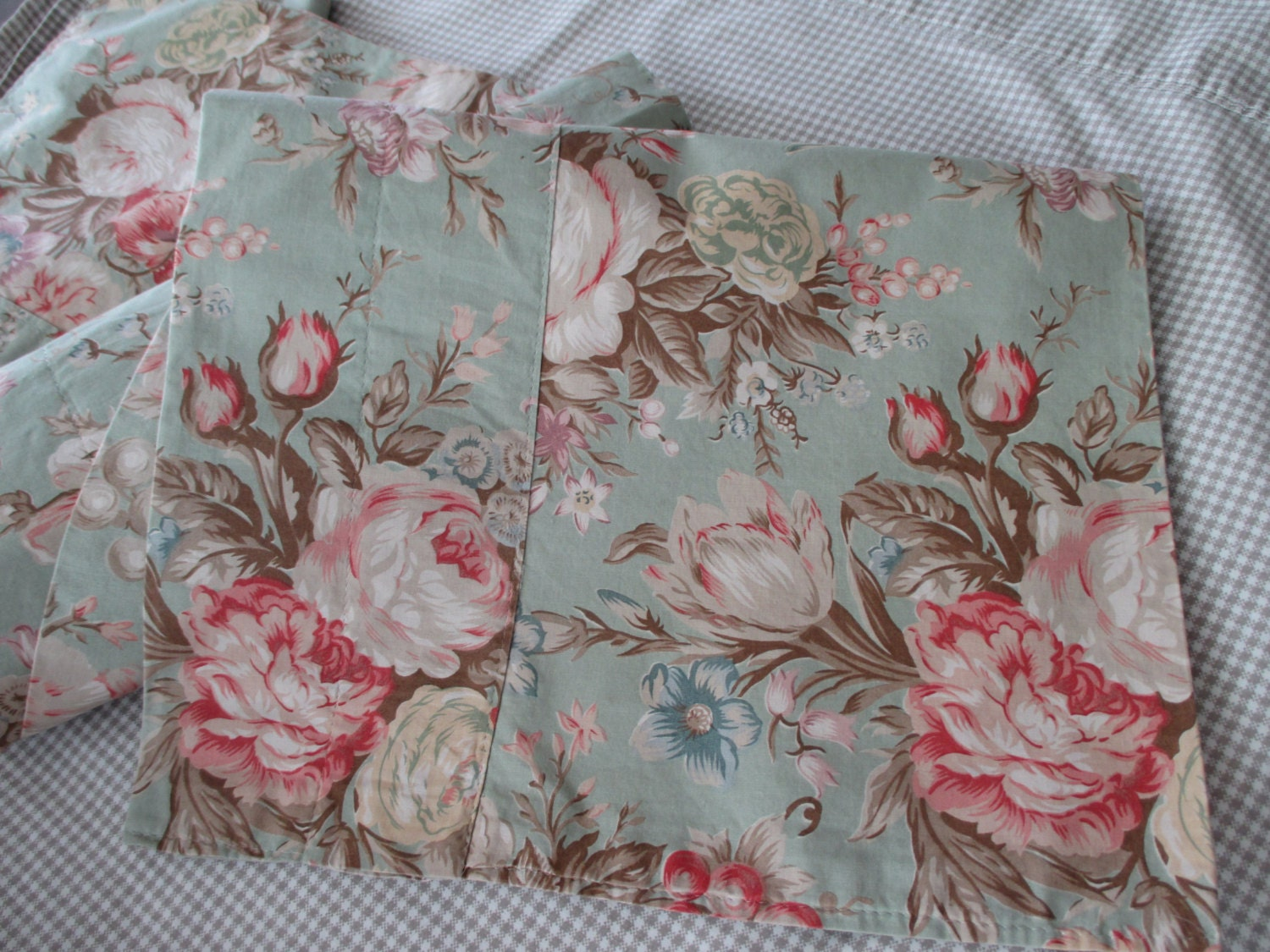 shabby chic Ralph Lauren valance floral flowers by JunqueDuJour