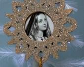 Vintage Like Wood Snowflake Christmas/Holiday Ornament.  ECS.