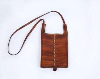 Vintage Leather Purse    Wood Grain Look!