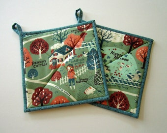 Pot Holders Set of 2 - Acorn Trail Potholders