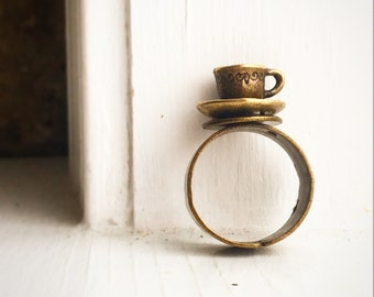 Teacup Ring ! Antique Brass Adjustable Tea Party Favor Coffee Cafe Lover / Coffee Shop Barista Gift Cup Mug / Alice in Wonderland Costume