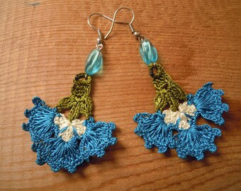 crochet earrings, turquoise flower