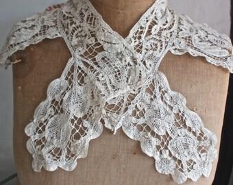 Antique Lace Collar Milanese Bobbin Lace Collar 18C Baroque Lace Collar Period Costume Goth Bride Steampunk Wedding  OOAK
