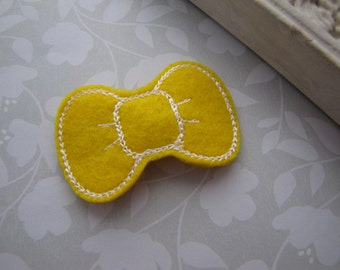 Little Felt Bow . snap clip . toddler hair accessory . yellow