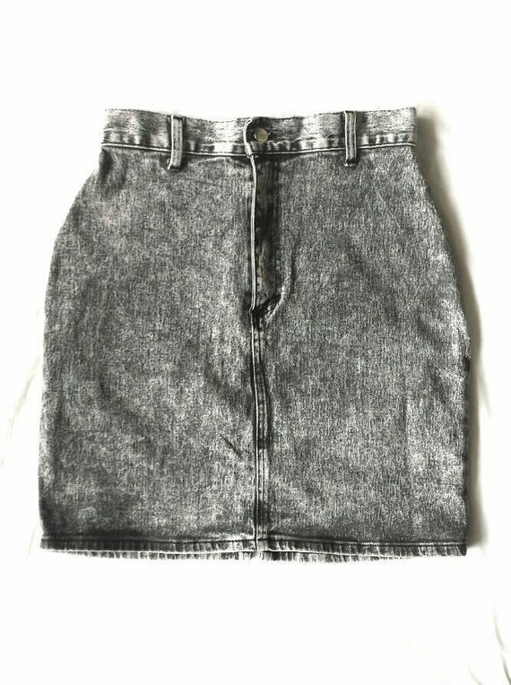 1980 s denim acid wash stretchy pencil skirt by