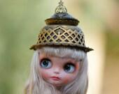 Blythe Oriental Asian Gold Crown OOAK Blythe Outfit Hat Blythe Glamour Sparkle Blythe Medieval Gold Crown Princess Blythe
