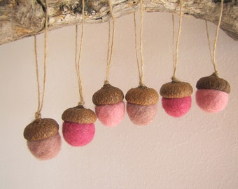 ROSES Set of 6 Handmade Felt Acorns Ornaments in Red and Pink - Home Valentine's Decor