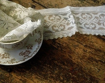 Vintage FRENCH Filet Lace