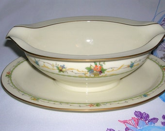 Vintage Noritake Fine Porcelain China Normandy Pattern Gravy Boat With Attached Underplate Circa 1975