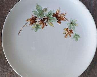 Salem Maple Leaf Dinner Plate