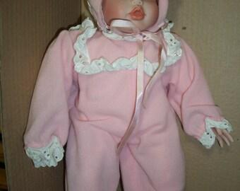 "Autographed Hippensteel Porcelain Doll: ""Elizabeth's Homecoming""**"