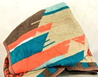 vintage southwestern blanket - 1960s-70s Mora woolly tribal blanket