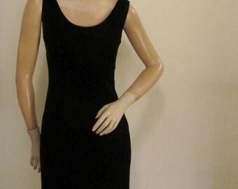 8o's Morgan Taylor Black Elegant Velvet Formal Dress Shows your Legs