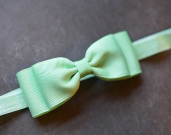 Mint Bow Headband. Mint Green Baby Headband. Baby Hair Accessories. Baby Headband. Girls Hair Accessories. Baby Girls Hair Accessories. Mint