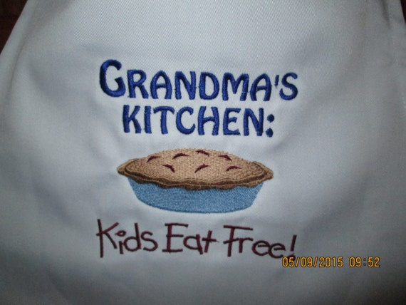 Grandma Nana Grammy Nanny Apron- Personalized with your choice of any name. Perfect gift-