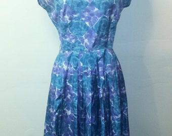 1950s Blue and Purple Wiggle Dress - Vibrant Pleated Floral Dress