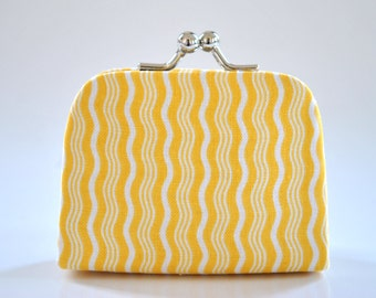 Crimp in Yellow - Tiny Kiss lock Coin Purse/Jewelry holder