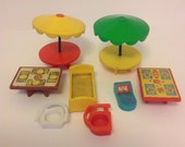 Mixed Set Of Fisher Price Little People Furniture Scale Bed Table Chairs