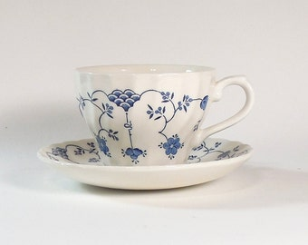 Churchill Finlandia Swirl Teacup & Saucer