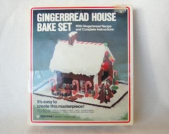 Vintage Fox Run Gingerbread House Kit circa 1986