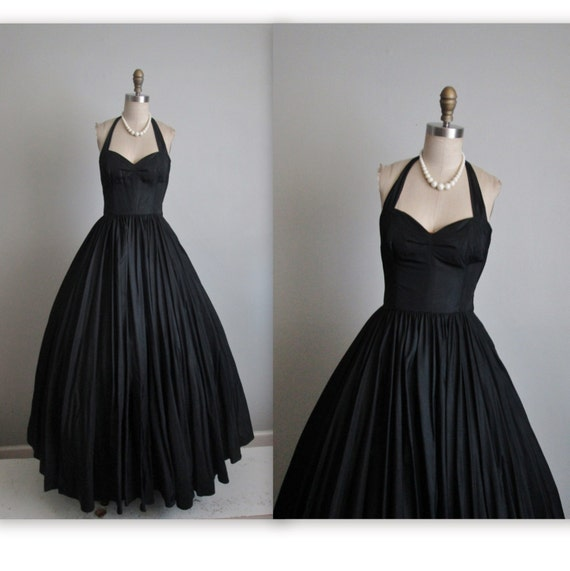 50's Evening Gown // Vintage 1950's Dramatic Black Taffeta Halter Bombshell Evening Gown Full Sweep XS