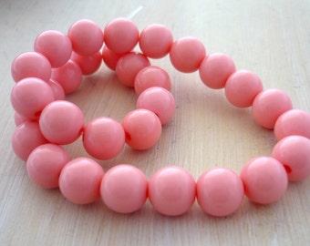Vintage bubblegum pink round lucite beads 7mm