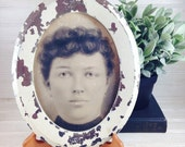 Vintage Shabby Chic Oval Framed Portrait