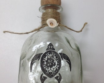 Etched Patron Bottle, Fancy Turtle